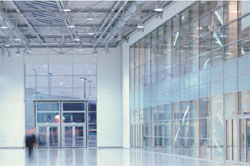 Fire-protection glass - Use of high-performance fire-resistant glazing allows large expanses of interior glazing,without compromising on fire safety.